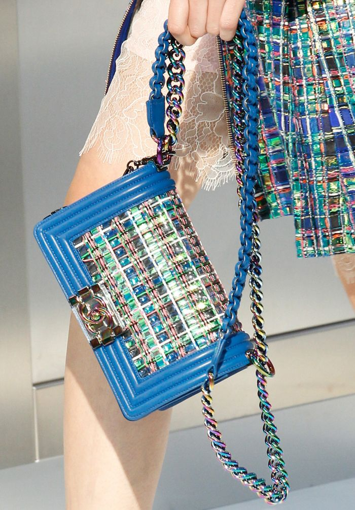 Chanel-Spring-2016-Runway-Bag-Collection-18